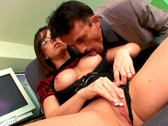 Office girl gets busy with the big cock older guy fucking her - Jennifer White