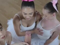 Orgía anal maduras xxx bailarinas
