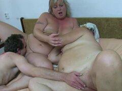 Oldnanny granny fat sexo trío