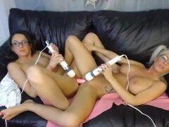 WebCam lesbianas chicas guapas 1.mp4