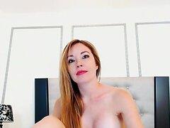 Caliente latina desnuda Alejandra amp; amp; como vestirse