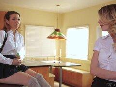 Lesbianas adolescentes Blake Eden y Shauna Skye