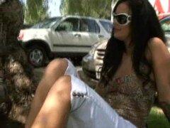 Cachonda chica española que Angelina Valentine se la follan