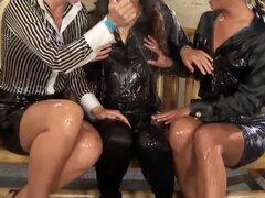 Elegante wam lesbianas adolescentes Trio de Europa