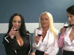 Chicas ama haciéndose una paja pajas Glory Hole