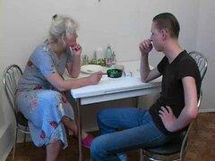 Rusa Mom madura