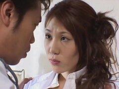 Runa Tominaga en Dr. Reina XXX, aquí 's una sin censura XXX japonesas video para disfrutar, con Runa Tominaga. ¡Ay! un video sin censura con una trama actual donde la Runa es un médico en un hospital que parece estar en el turno de noche. Hay un montón de