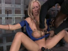 Sucking dicks while being nailed by a machine gives pleasure to Simone - Simone Sonay