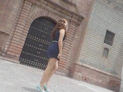 Upskirt bajo falda tanga tanga HD facebook cara a cara