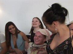 Increíble estrellas porno totalmente Tabitha, Stephanie Wylde y Tatiana Kushnev en mejor madura lencería clip adulto, Melody Posh, Stephanie Wylde, Tatiana Kushnev y totalmente Tabitha titular este abrasador de una orgía de sexo de grupo que obtiene en es