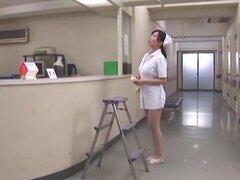 Loca chica japonesa Hina Hanami en digitación asombrosa, clip Cunnilingus JAV