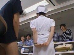 Yuki Mana enfermera consigue cum en la cara de los hombres, enfermera Yuki maná obtiene en la cara de hombres