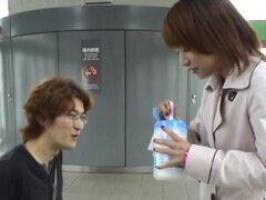 Mamada público Japon subtitulado y vetas en tren
