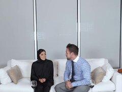 Hijab Girl obtiene Creampie