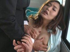 Se la follan duro en público Van japonesas Lady en bragas