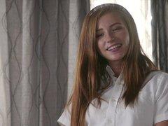 Dulces de Carolina es una miel en una falda corta deseo ser follada - Carolina dulces, Jessy Jones