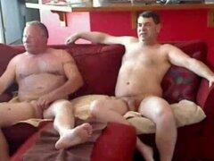 Increíble Amateur clip con escenas de sexo de grupo, muy calientes!, 2 hombres maduros bi compartir una chica. muy caliente, dos hombres maduros compartiendo un asi tica.