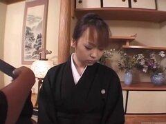 Subtitulado de luto mujer japonesa Aya Otosaki amortización de deuda
