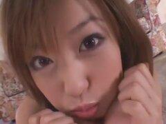 Chica japonesa Jun Kiyomi en digitación loco, clip DildosToys JAV