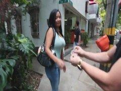 Puta a culo grande chica en Colombia 2.1