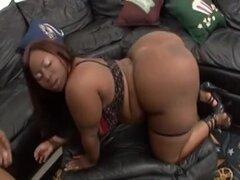 Ebony BBW gorda culo - Cum en boca