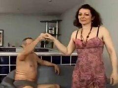 Squirt y anal peluda abuela
