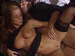 Una rubia Num tienen un sexo oculto en la iglesia fetiche