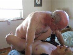 Antigua pareja teniendo sexo en cam