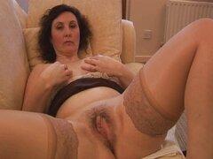 Striptease y se burlan de panty tetona milf madurita
