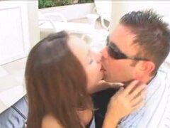 Besos de Metallica, Hombre Besando 22 Mujeres, 18 años, Jovencitas, Colegialas, B