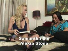 Fabuloso estrellas porno Samantha Sin y Alexia piedra en increíble video porno Rubia, lesbiana, Alexia Stone y Samantha Sin son una pareja lesbianas del colegio, que verás emplazamiento en su cama, haciendo su tarea cuando de repente, las conversaciones m