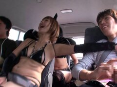 ¡Estas chicas japonesas buscan tan calientes en su ropa interior de kinky!