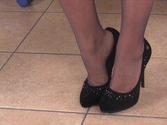 Petra la Secretaria Oficina obtiene sus magníficos pies filmados