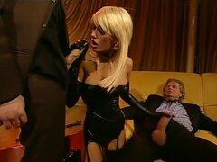 Loco porno Brigitta Bui en caliente striptease, pelicula porno de tetonas,