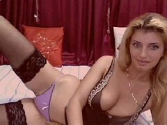 Hot Cam Babe In Sexy Lingerie -
