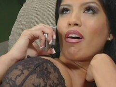 Alexis-morena es estirar su puss afeitado