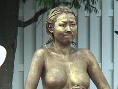 Cosplay porno: Parte pública pintada estatua follar 4. ¡Se trata de cosas locas, señoras y señores! Estatuas de follar en público. ¡Sí, me escuchaste! Público real porno con chicas japonesas calientes jugando estatuas vivientes. Muy caliente y muy diverti