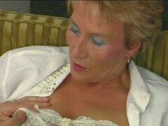 Madura Anal. Abuela alemana le encanta anal