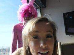 amor de chirsty lleva el conejito de Pascua mexicana
