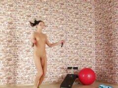 Se queda ajuste por ejercicio desnuda