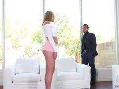 Hermosa Brooke Wylde anhela una carga grande de dick grasa - Brooke Wylde