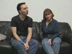 Pareja amateur hace un casting, una pareja amateur alemana hace un casting! Mamada, follada y corrida! Acción hardcore casera agradable