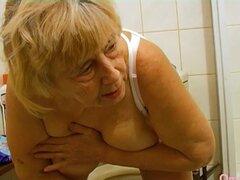 OmaHoteL casero Amateur viejas Granny compilación, Homemade video con recopilación amateur abuela lesbiana graso encontrar este video en nuestra red Oldnanny.com