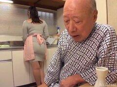 Tipo viejo finalmente habla Nonami Shizuka tetona en agradar a su dick - Nonami Shizuka