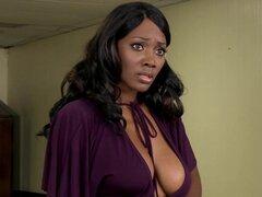 Escena de Brazzers - Big Butts como que Big - cobertura Anal protagonizada por Nyomi Banxx James Deen. Brazzers - Big Butts como que Big - escena de cobertura Anal protagonizada por Nyomi Banxx James Deen