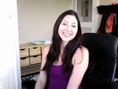 Teen caliente en pantalones de yoga, babe morena flaca es la novia de mi mejor amigo y accidentalmente este video cachonda de su demostración de su culo en pantalones de yoga en su webcam que me enviaron.