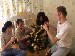 Orgía madura en época de Navidad.