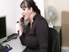 Oficina y Secretaria gorda mamada follar