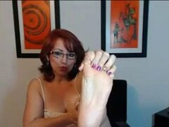 MILF colombiana Sexy Soles 2. MILF colombiana Sexy Soles 2