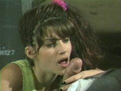 Chica sexy de los ochenta extiende las piernas para la entrante dick - Alex Jordania